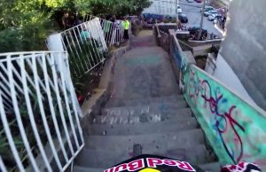 Insane-Urban-DH-Mountain-Bike-POV-Red-Bull-Valparaiso-Cerro-Abajo-2015
