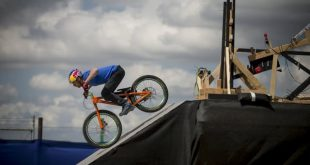 The-Athlete-Machine-Red-Bull-Kluge