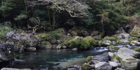 Waterfall-in-Japan-4K-Ultra-HD